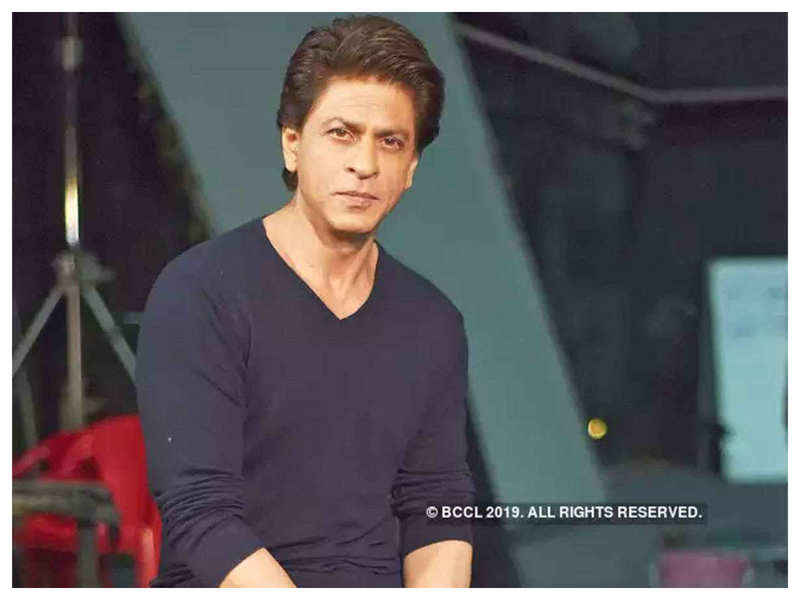 Shah Rukh Khan reveals why he still doesn't have a Twitter bio