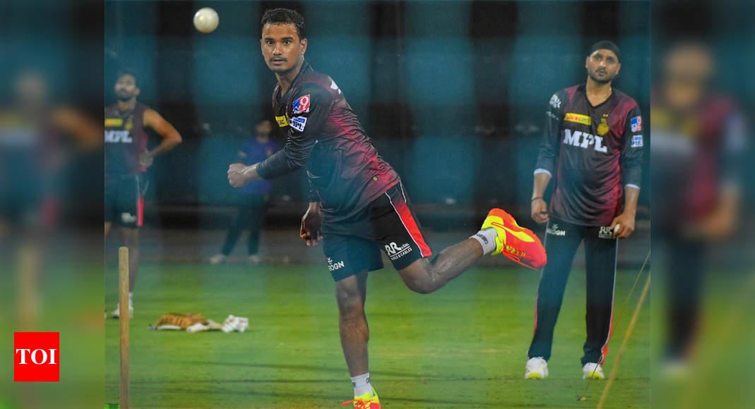 IPL 2021: KKR spinner Pawan Negi fine-tunes skills under 'watchful' eyes of Harbhajan   Cricket News – Times of India