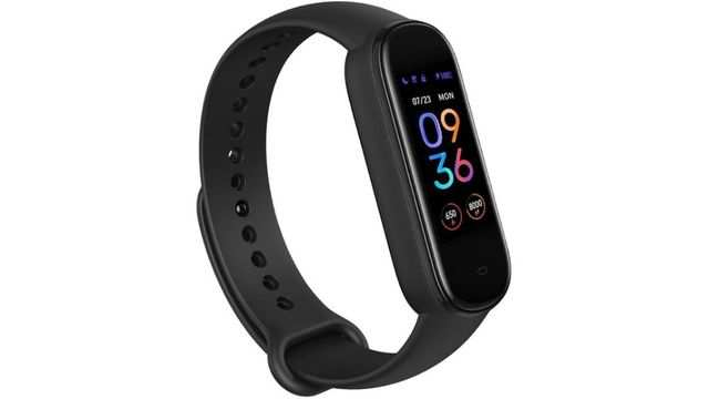 Amazfit Band 5 with up to 15-days battery life is selling at $16 off on Amazon