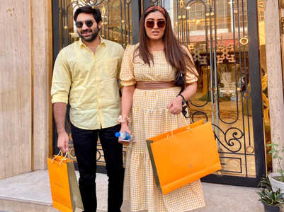 Shireen Mirza shops for wedding in Delhi