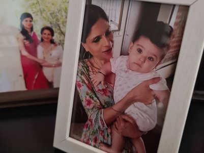 Saba Ali Khan shares a rare pic of Inaaya
