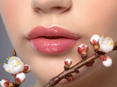 Japanese Cherry Blossoms are the hot new thing in the world of beauty