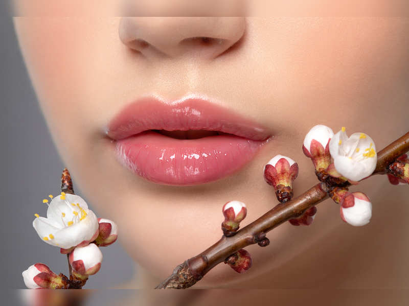 Why Japanese Cherry Blossoms are the hot new thing in the world of natural beauty hacks