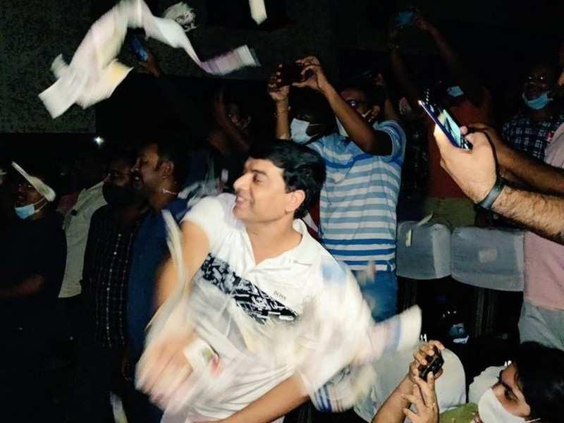 Dil Raju's fan-boy moment during the benefit show of Pawan Kalyan's Vakeel Saab