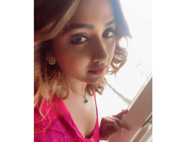 Kajal Raghwani looks pretty in pink as she shares her first-day look from Ayodhya