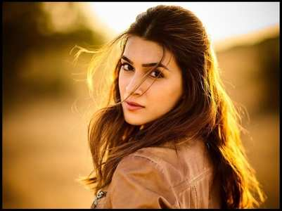 6 upcoming films of Kriti Sanon