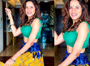 Watch: Sargun Mehta enjoys belly dancing