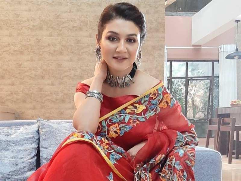 Jaya Ahsan to celebrate a traditional Poila Boishakh with ilish, bhorta and video calls