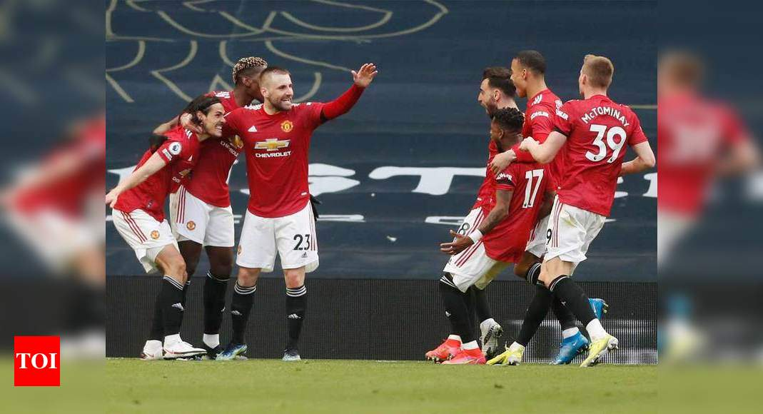 EPL: Cavani and Greenwood seal Man United comeback win at Tottenham