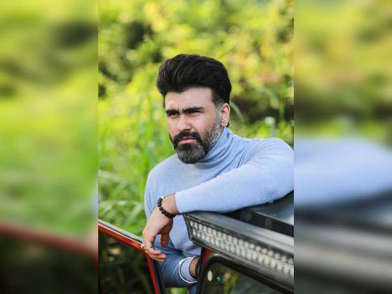 As actors we need to be professional and that includes working through pain: Aarya Babbar