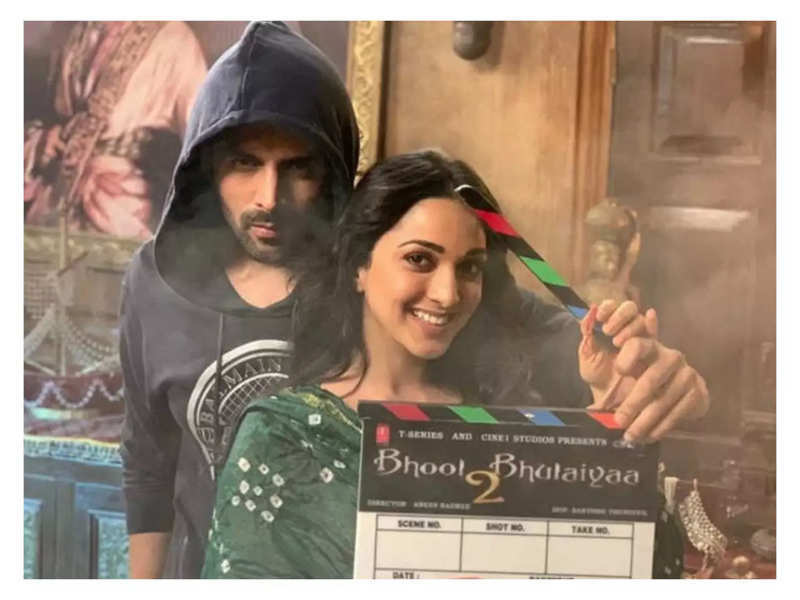 'Bhool Bhulaiyaa 2': Amid reports of another lockdown, the shoot of Kartik Aaryan and Kiara Advani starrer put on hold