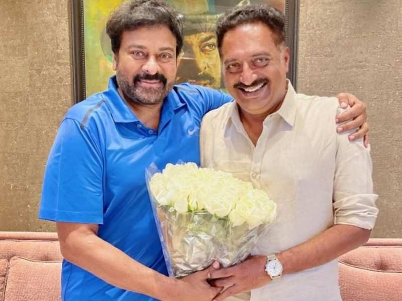 Chiranjeevi can't stop gushing about Prakash Raj as they catch-up