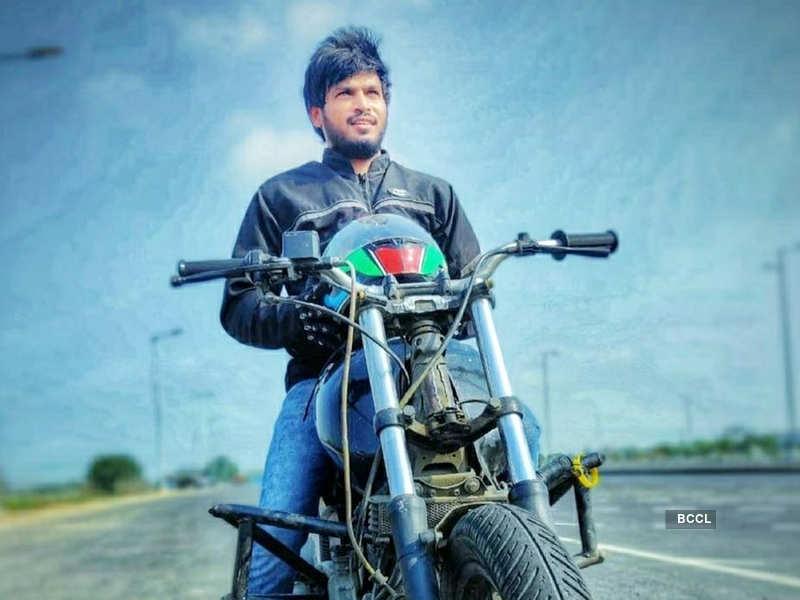 Cooku with Comalis 2 host VJ Rakshan's bike stunt leaves fans impressed; watch (Photo - Instagram)