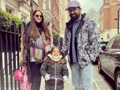 Rannvijay reunites with family in London