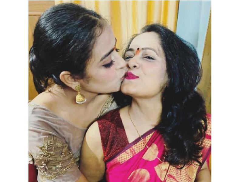 Yamini Singh pens a heartfelt note for mother Sunita Singh on her birthday