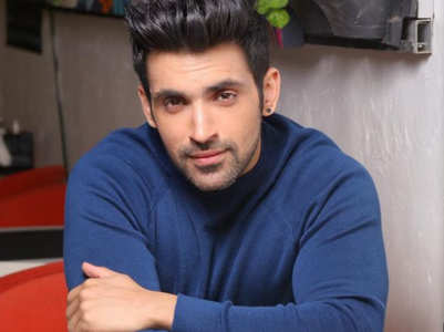 Arjit Taneja tests positive for COVID-19