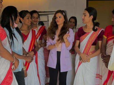 Rubina welcomed on set by LGBTQ comm.