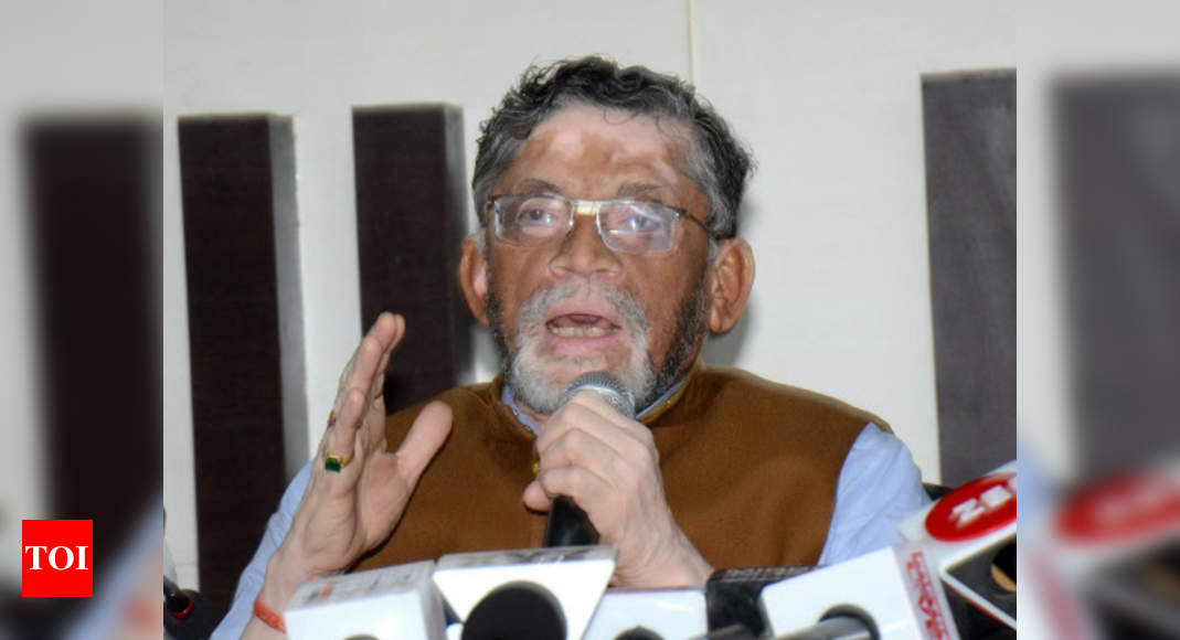 Union minister Santosh Gangwar tests positive for Covid-19