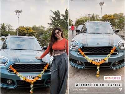Reyhna Pandit buys a luxury car 'mini cooper'
