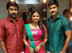 Vanathai Pola hits 100; Thilak thank fans