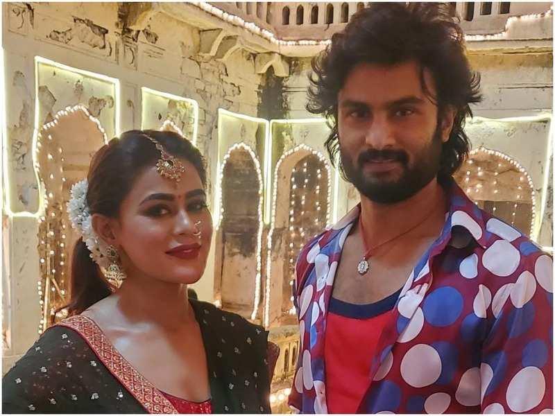 Sneha Gupta and Sudheer Babu