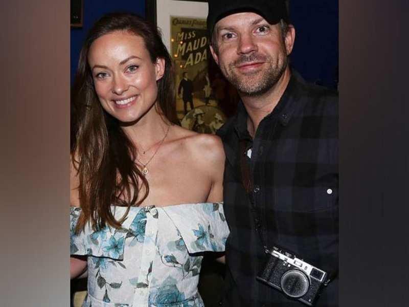 Olivia Wilde is not living with ex Jason Sudeikis despite recent claim