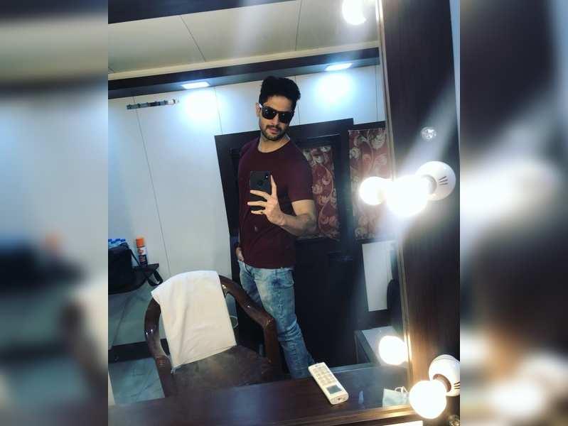 Vikram to co-host a dance reality show alongside Ankush