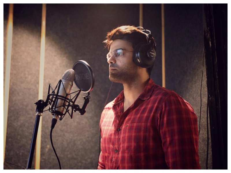 Piyush Ranade finishes the dubbing of his upcoming film 'Ajooni'