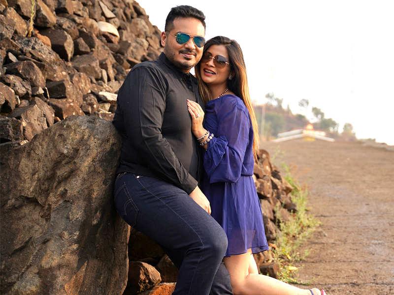 Anand Mane and Ruchita Jadhav