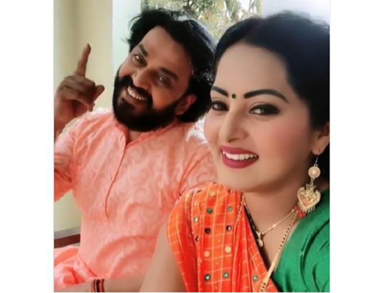 Video: Ravi Kishan and Anjana Singh emote on B Praak's 'Baarish Ki Jaaye'