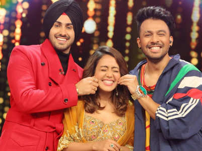 Neha Kakkar's throwback pics with Rohanpreet