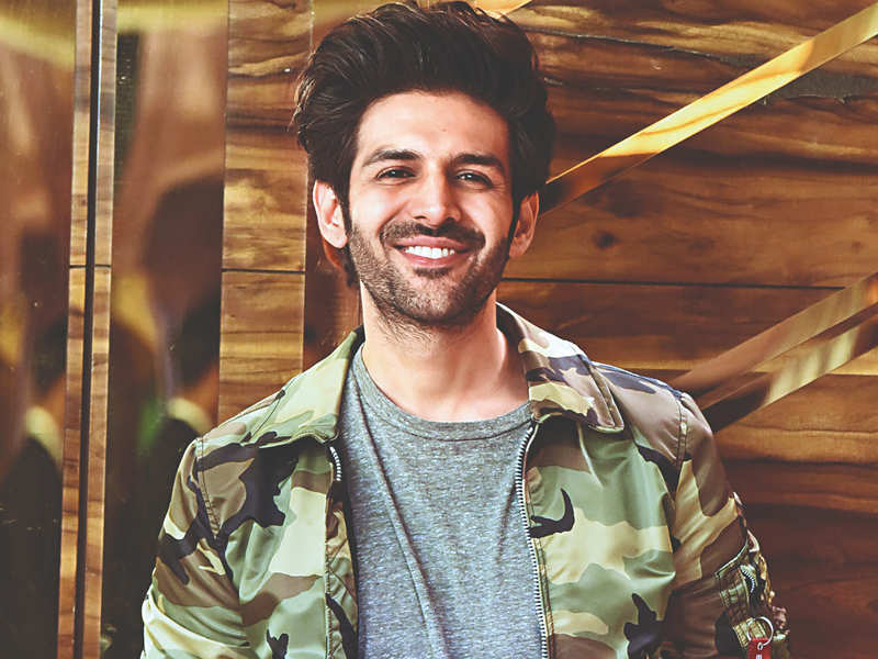 #KartikAaryan trends on Twitter after the actor is replaced in 'Dostana 2'