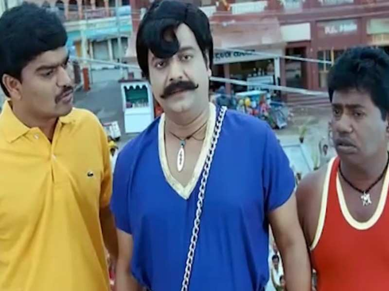 """Vivek still lives with us"", a meme from his comedy film goes viral"