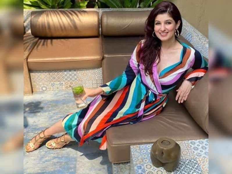 Pic Courtesy: Twinkle Khanna Instagram