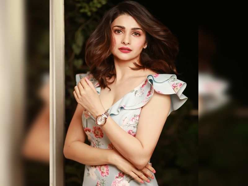 Prachi Desai speaks up on Bollywood's casting couch; reveals she was once  asked to 'compromise' for a role in a big film | Hindi Movie News - Times  of India