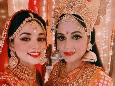 Gracy Singh and Tanvi Dogra's Navratri wishes