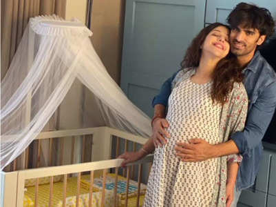 Mohit decorates a cradle to welcome his baby