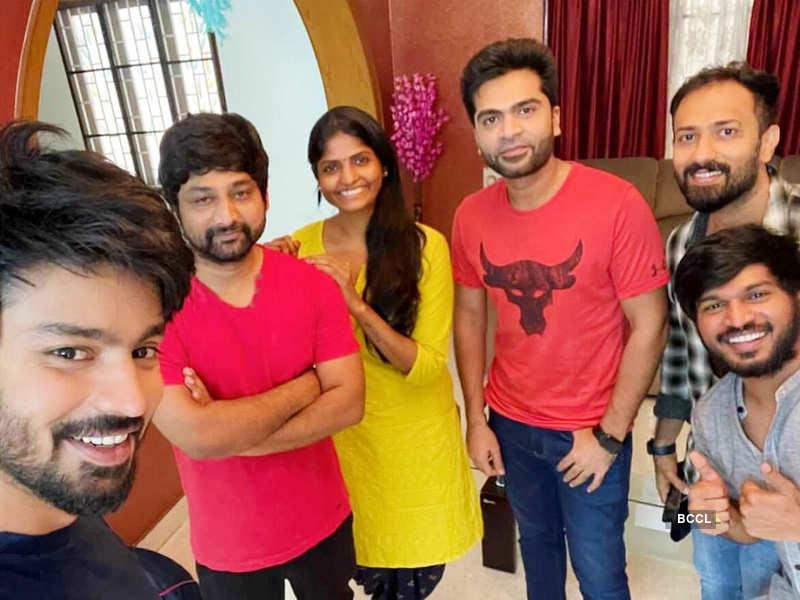 Bigg Boss Tamil 2 fame Mahat Raghavendra and actor Silambarasan give Cooku with Comalis 2 winner Kani Thiru a pleasant surprise; see pics