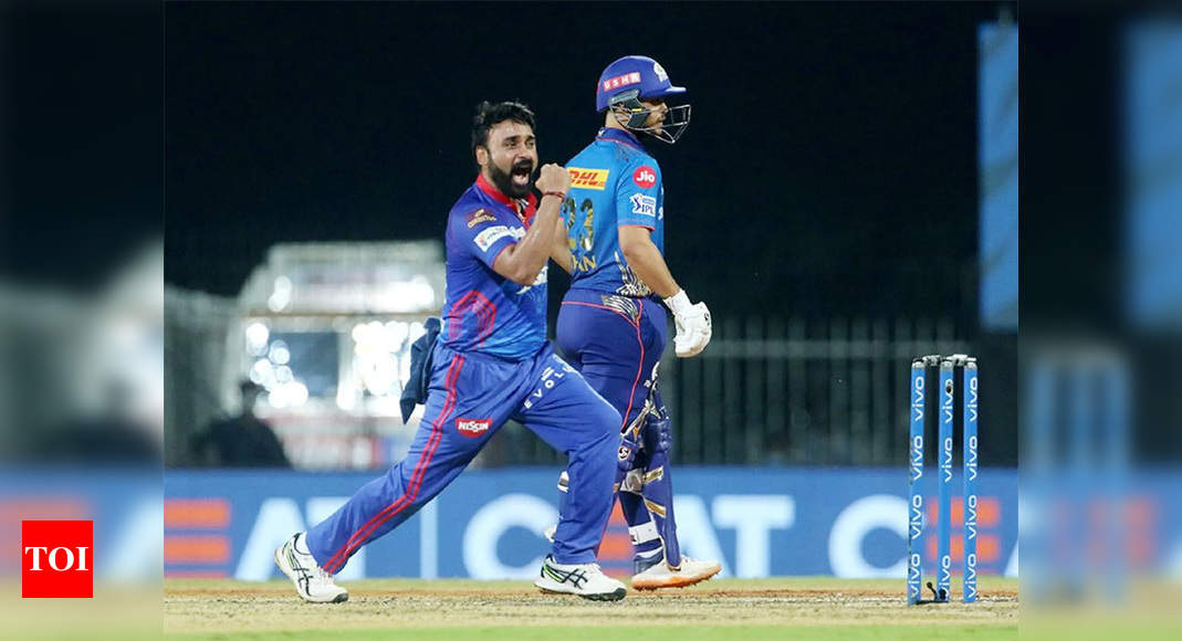 IPL: Mishra takes four as DC restrict MI to 137/9