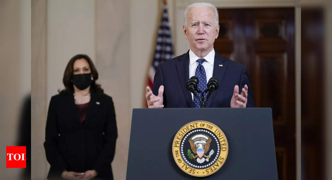 Joe Biden calls on US 'to unite as Americans' and avoid violence