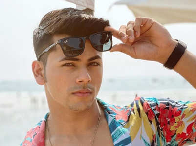 PICS: Siddharth Nigam's love for floral print