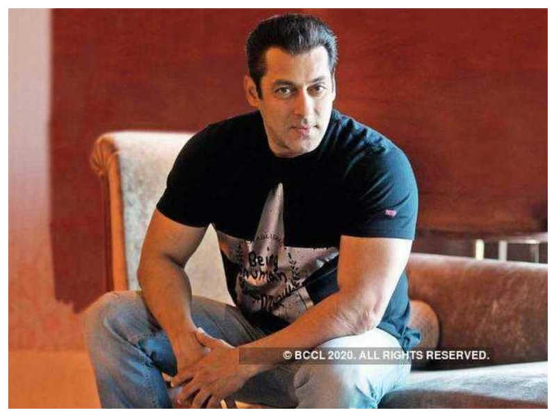 Salman Khan revives his last years' food donation drive, distributes meal kits to COVID-19 warriors in the city