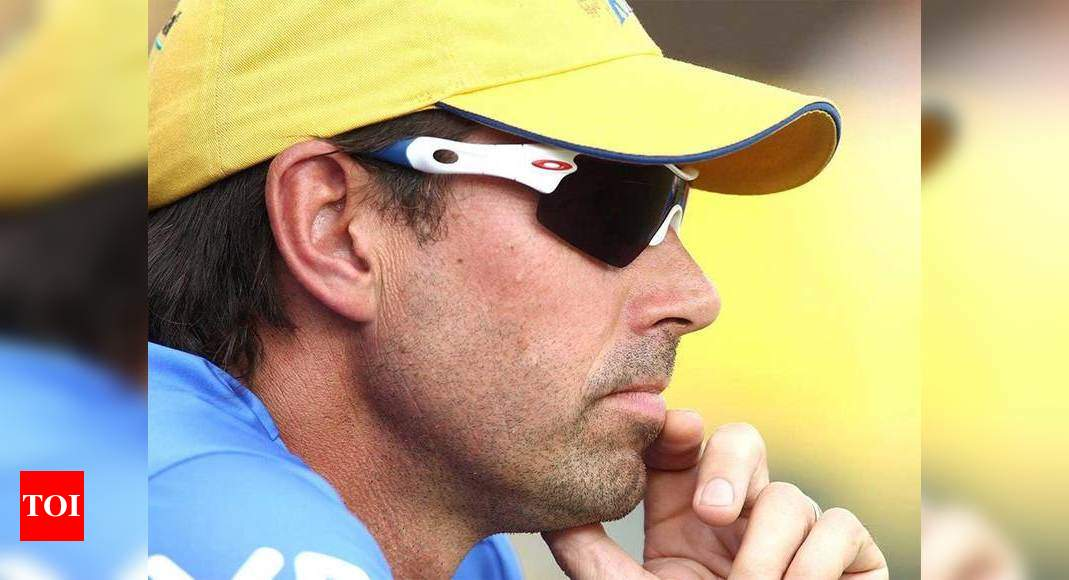 ms dhoni's parents: Covid-19 situation in MS Dhoni's family under control, says CSK instructor Stephen Fleming    Off the field news