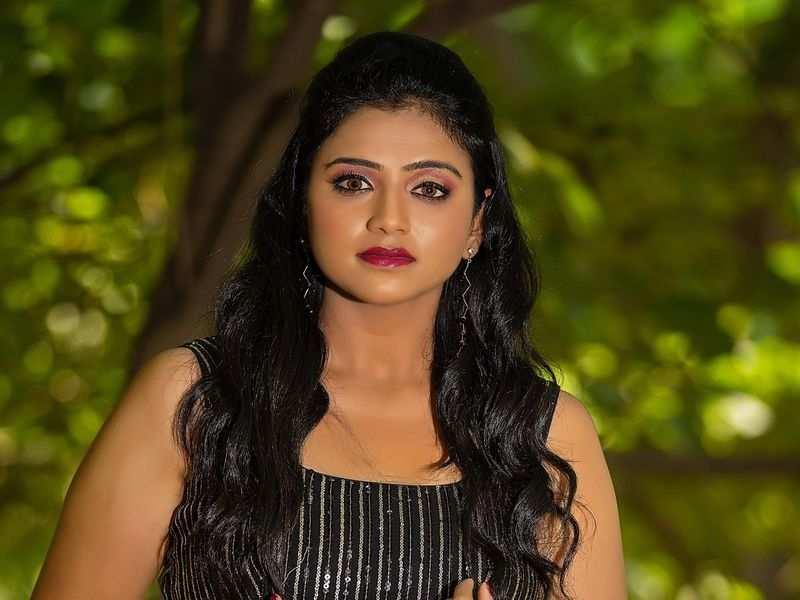 TV actress Rashmi Prabhakar tests positive for COVID-19