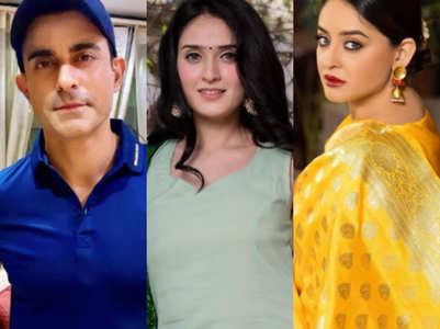 Gautam, Pankhuri, Mahhi pray for India