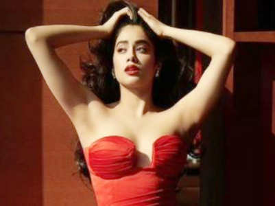 Beauty lessons by Janhvi Kapoor