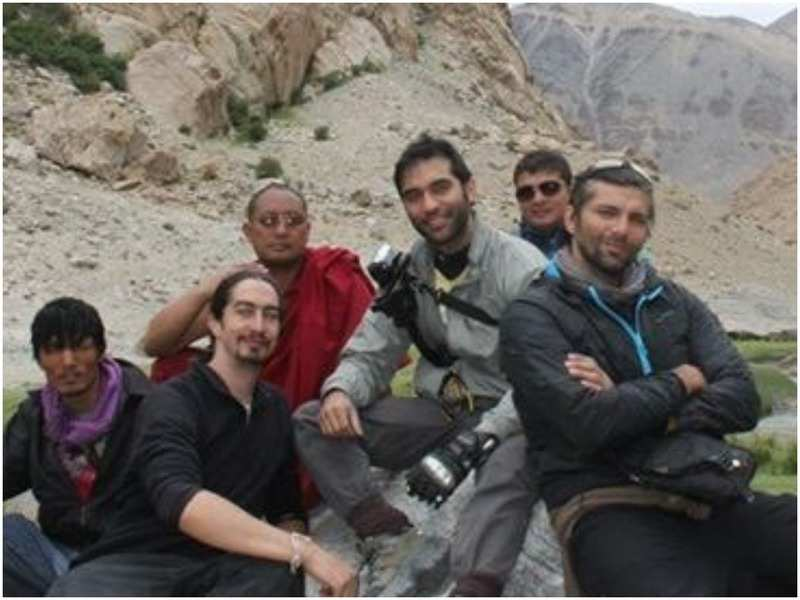 Chetan Hansraj with Kushal Punjabi and friends (Instagram)