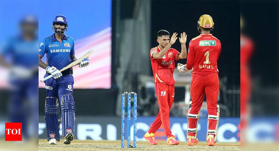 IPL 2021: Punjab Kings restrict Mumbai Indians to 131/6 despite Rohit half-century   Cricket News – Times of India