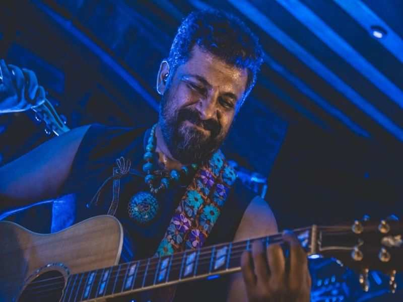 Image Courtesy: Official Facebook account of Raghu Dixit