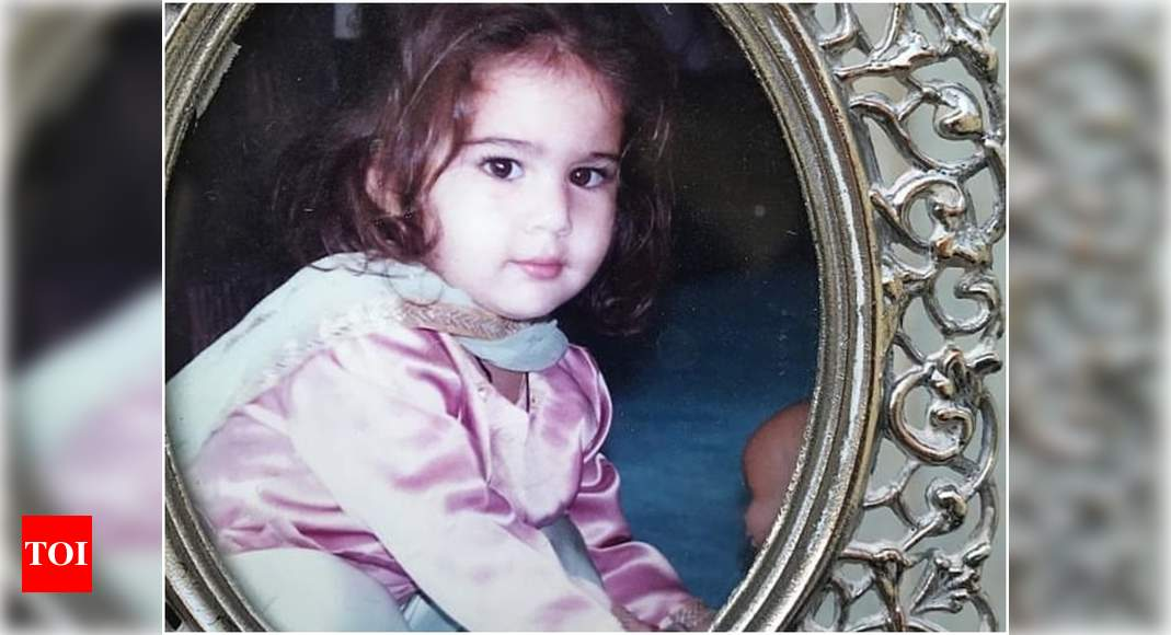 Throwback: Sara Ali Khan looks cute as a button in this picture shared by her aunt Saba – Times of India